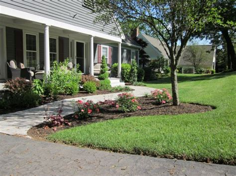 Front Yard Landscaping Adds Curb Appeal