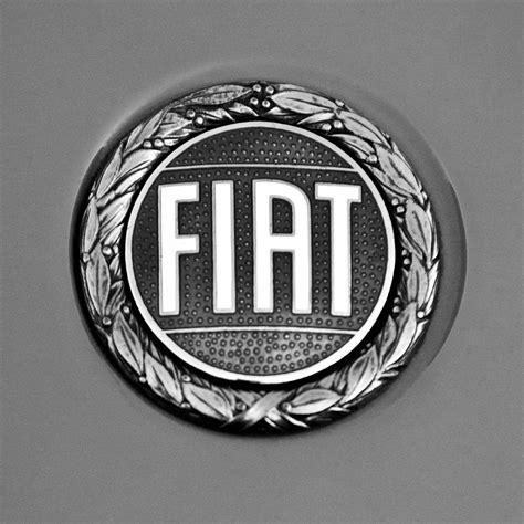 Fiat Emblem by Fiat Emblem Photograph By Reger