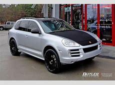 Porsche Cayenne with 22in Victor Innsbruck Wheels