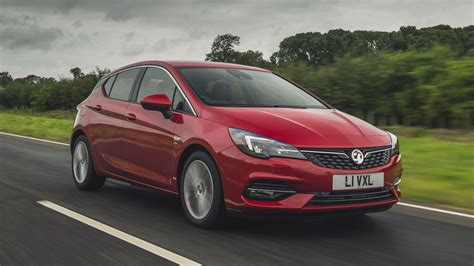 Vauxhall Astra hatchback (2019 - ) review   Auto Trader UK