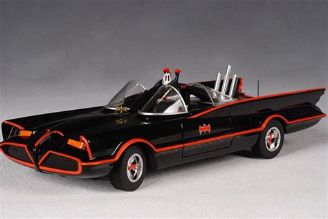 Hot Wheels 1/18th scale 1966 Batmobile - Another Pop ...