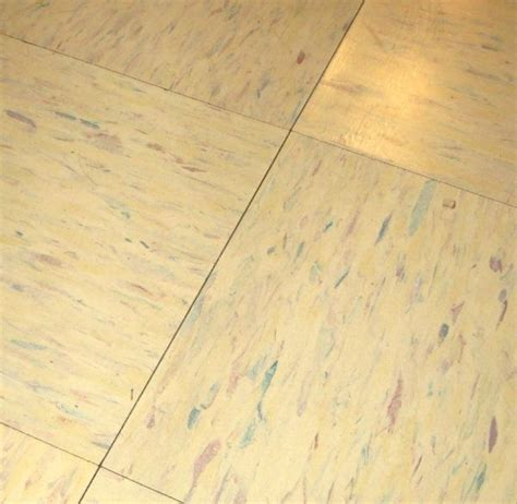 vinyl flooring yellowing removal 64 best images about cleaning on pinterest speed cleaning cleaning checklist and how to get