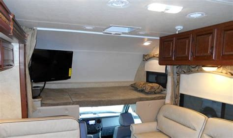 2015 Four Winds 33sw Super Class C Motorhome