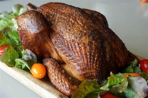 cuisiner un chapon vidéo le poulet fumé