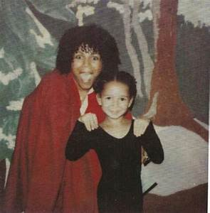 Legendary singer Minnie Riperton & her equally famous ...