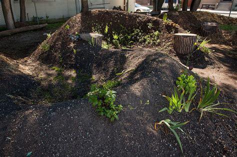 hugelkultur raised beds diy hugelkultur how to build raised permaculture garden