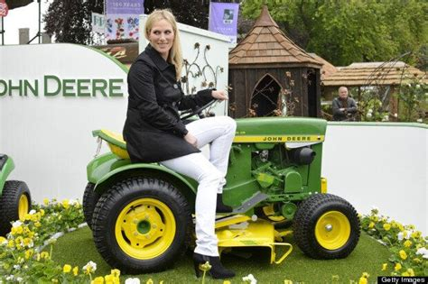 Zara Phillips Is Chelsea Flower Show's Most Stylish ...