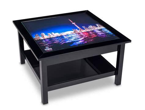 led leuchttische couchtische aus holz mit hinterleuchteten bildern dreamlight table design