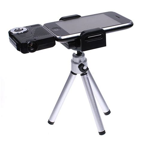 mini projector for iphone iphone projector techy stuff