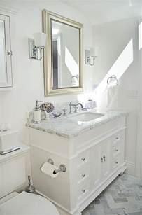 small guest bathroom decorating ideas best 25 small bathroom vanities ideas on gray bathroom vanities grey bathroom