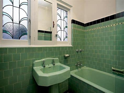 nice  white tiles   greenblack