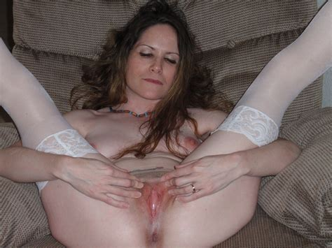 Somebodies Mom And She Is Pink And Ready Porn Pic