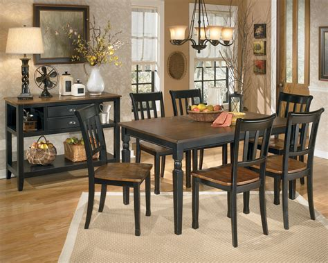 Dining Room Sets by Owingsville Rectangular Dining Room Set From D580