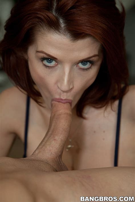 Sexy Redhead Mature Joslyn James Nailed From Behin