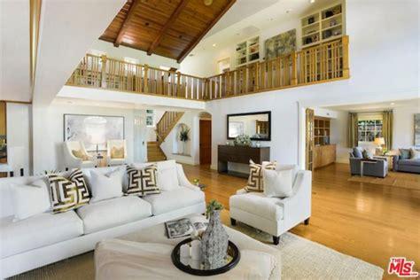 alanis morissette house alanis morissette sells home for 163 4million see photos