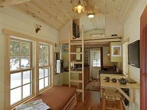Ethan Waldman's tiny house on wheels permit him to pursue