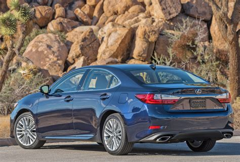 Lexus Es For 2017 Comes In Gasoline-only Or Hybrid Version