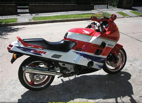 honda cbr 1000f 1992 honda cbr1000f moto zombdrive com