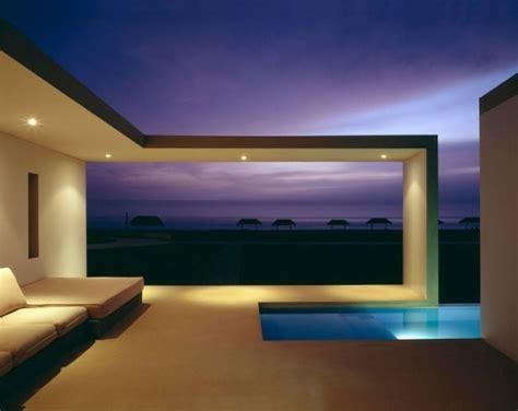 boxed delight rectangular beach house  peru catches eye  sleek contemporary design
