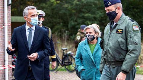 NATO ģenerālsekretārs apmeklē alianses kodolatturēšanas ...