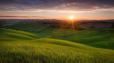 Tuscany Italy Wallpaper