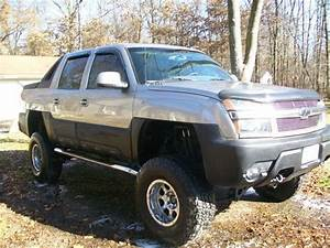Purchase Used 2002 Custom Lifted Chevrolet Avalanche 1500 Z71 Crew Cab Pickup 4