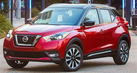 nissans  crossover kicks   wheel drive