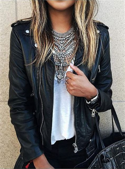 Best 25+ Statement necklace outfit ideas on Pinterest | Chunky necklace outfit Casual office ...