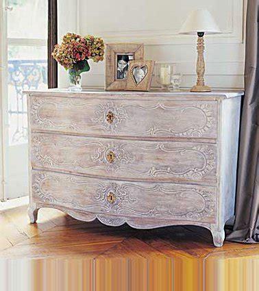 peinture cerusee sur bois peindre un meuble en bois quelle peinture choisir