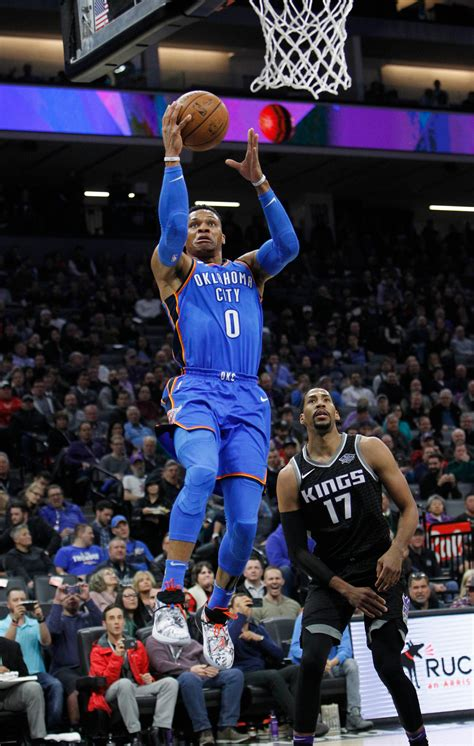 westbrooks  pointer  buzzer lifts thunder  kings