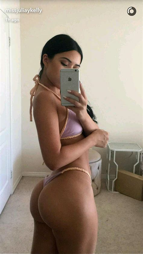 Julia Kelly Nude Sexy Private Pics Scandal