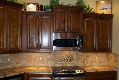 Tumbled Travertine Backsplash   TRAVERTINE MOSAICS   1X1