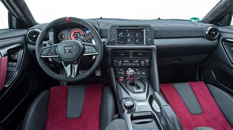 nissan gt  nismo interior  hp youtube