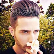 Modern Pompadour Hairstyle for Long Hair W…