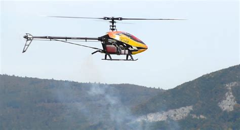 helicoptere radiocommande exterieur a essence