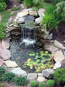 Décoration de jardin avec une fontaine pour bassin