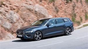 Volvo V60 2018 : new volvo v60 2018 review we drive the d3 diesel car magazine ~ Medecine-chirurgie-esthetiques.com Avis de Voitures