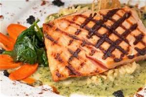 Grilled salmon fillet with honey mustard sauce Recipe