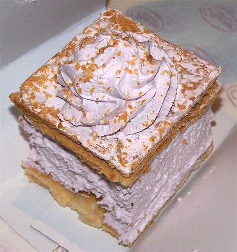 Cake layers contain more fat. File:Napoleon cake 02.JPG - Wikimedia Commons