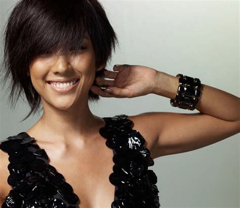 cute short haircuts for women with thick hair fashion