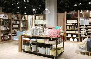SHOPPING AT MAISONS DU MONDE