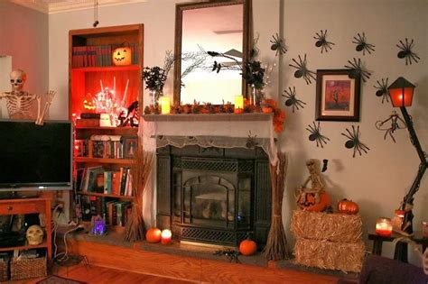 How To Create A Halloween Ambiance In The Living Room 7