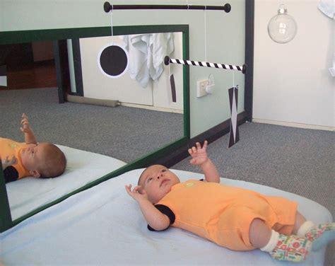 jouets et jeux montessori pour les b 233 b 233 jusqu 224 6 mois
