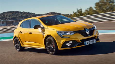 News - Renault Drops Trove Of New Megane RS Photos