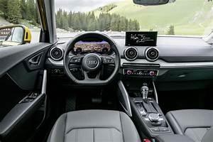 Audi Q2 Interieur : audi q2 les photos de ses premiers essais photo 26 l 39 argus ~ Medecine-chirurgie-esthetiques.com Avis de Voitures