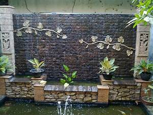 Spectacular Garden Water Wall Ideas - Garden Lovers Club