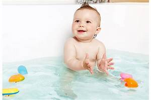Baby Bathing Safety Tips for Newborns, Infants, and Toddlers