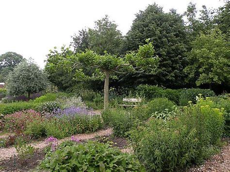 Botanischer Garten Groningen by Tuingoed Foltz Meeden Het Tuinpad Op In Nachbars Garten