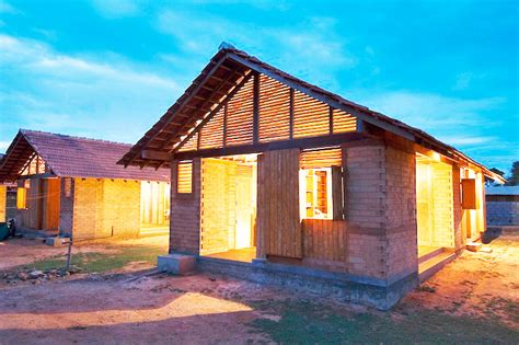 innovative japanese architect shigeru ban wins the 2014