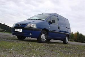 Van Peugeot : peugeot expert van review 1996 2006 parkers ~ Melissatoandfro.com Idées de Décoration